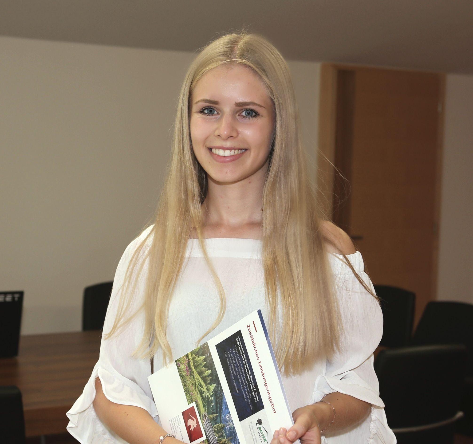 Victoria Reiter, BA